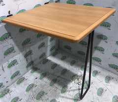 Swift group Table 600x640mm