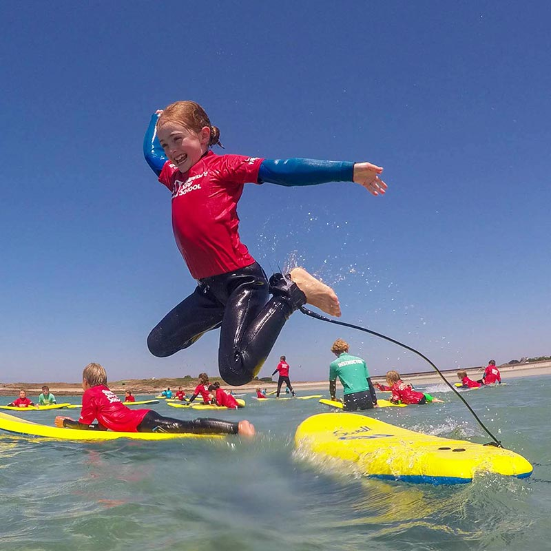mini summer camp courses and lessons Guernsey surf school