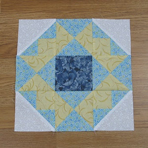 Free Pattern – Crowning Glory Quilt Block