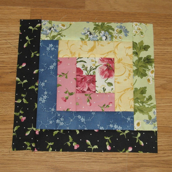 Log Cabin Quilt Block