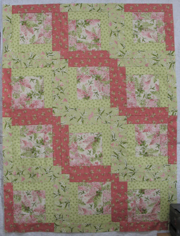 log cabin center quilt