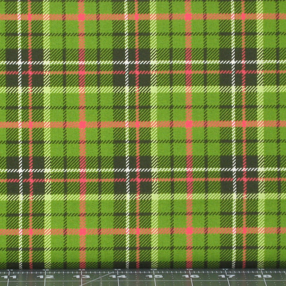 Red, Green, Black and White Christmas Plaid 100% Cotton Quilt Fabric, Poinsettia & Pine Collection by Maywood Studio, MAS9127-G