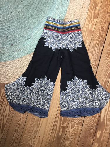 Medallion Gaucho Pants