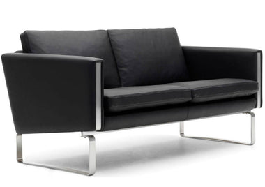 CH102 Sofa by Carl Hansen & Son - Urbanspace Interiors