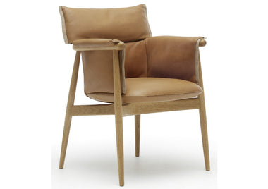 Embrace Dining Chair by Carl Hansen & Son - Urbanspace Interiors