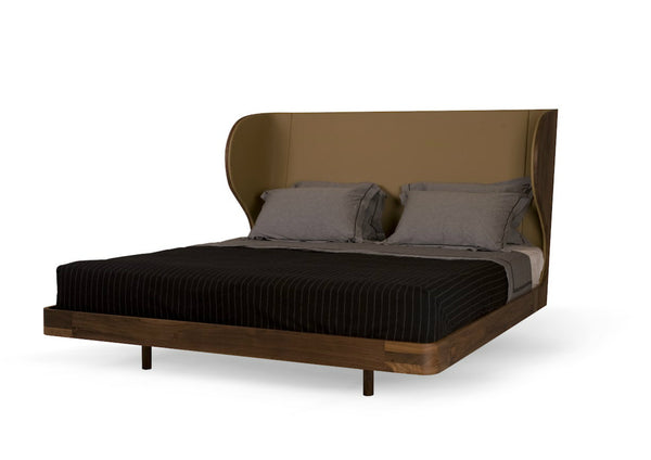 Suite California King Bed by Autoban