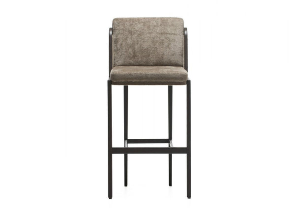 Throne Upholstered Barstool by Autoban