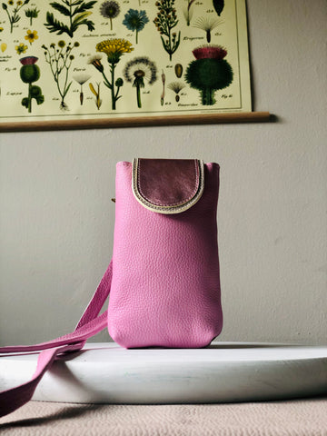 Anemone ~ Crossbody Pouch ~ Pink