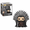 Game of Thrones - POP Deluxe: GOT S10 - Jon Snow Sitting on Throne