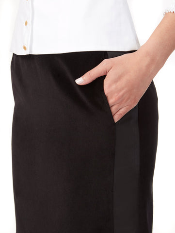S046C_BULB_Side-Panel Skirt With Pockets_Black