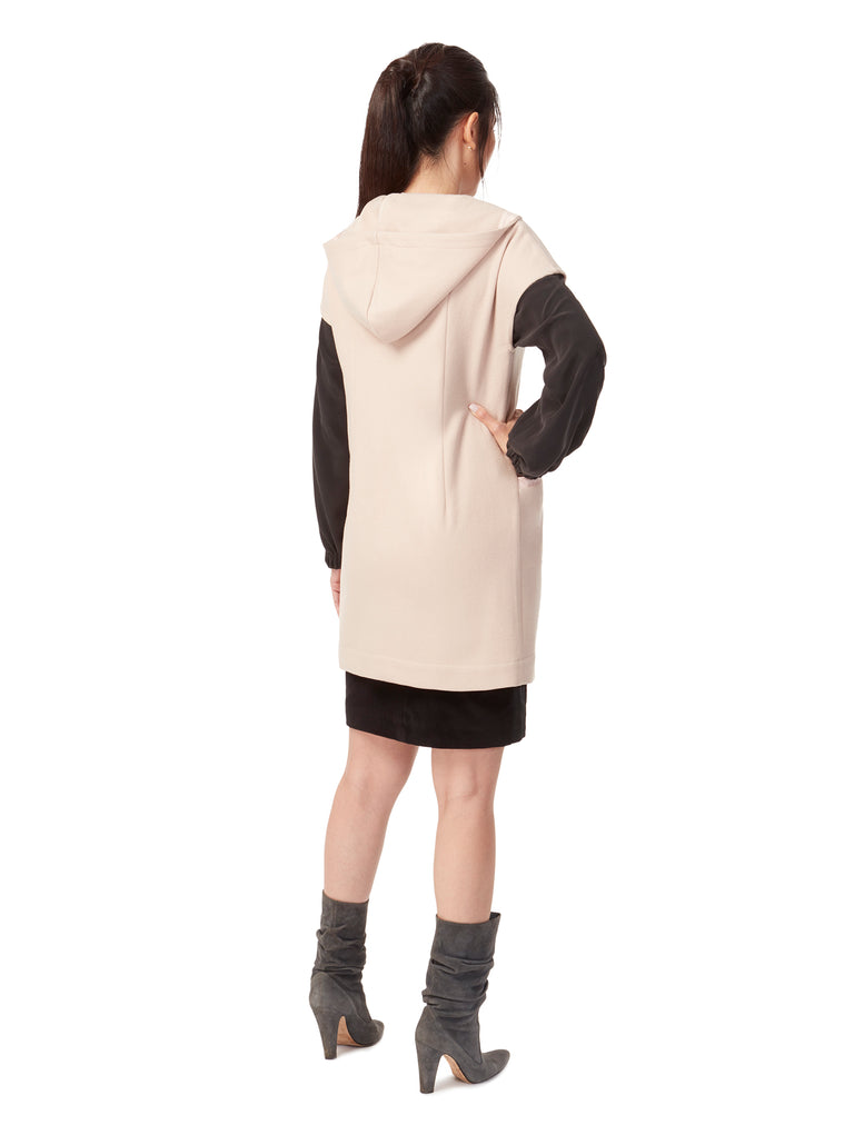 W008_SHELL_Hooded Gilet Wrap