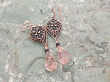 Load image into Gallery viewer, Copper drop earrings with rose gold Quartz, and blue Jade, healing stone jewelry