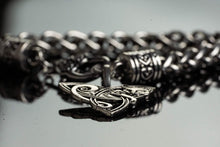 Load image into Gallery viewer, FOX TRIQUETRA FENRIR CELTIC ANIMAL CHARM BRACELET