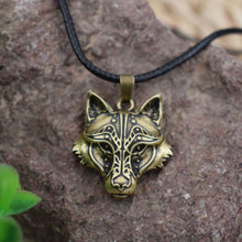 Load image into Gallery viewer, CELTICS WOLF HEART NECKLACE PENDANT