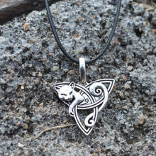 Load image into Gallery viewer, Stainless Steel Cat Celtic Necklace