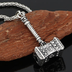 THE HAMMER PENDANT NECKLACE