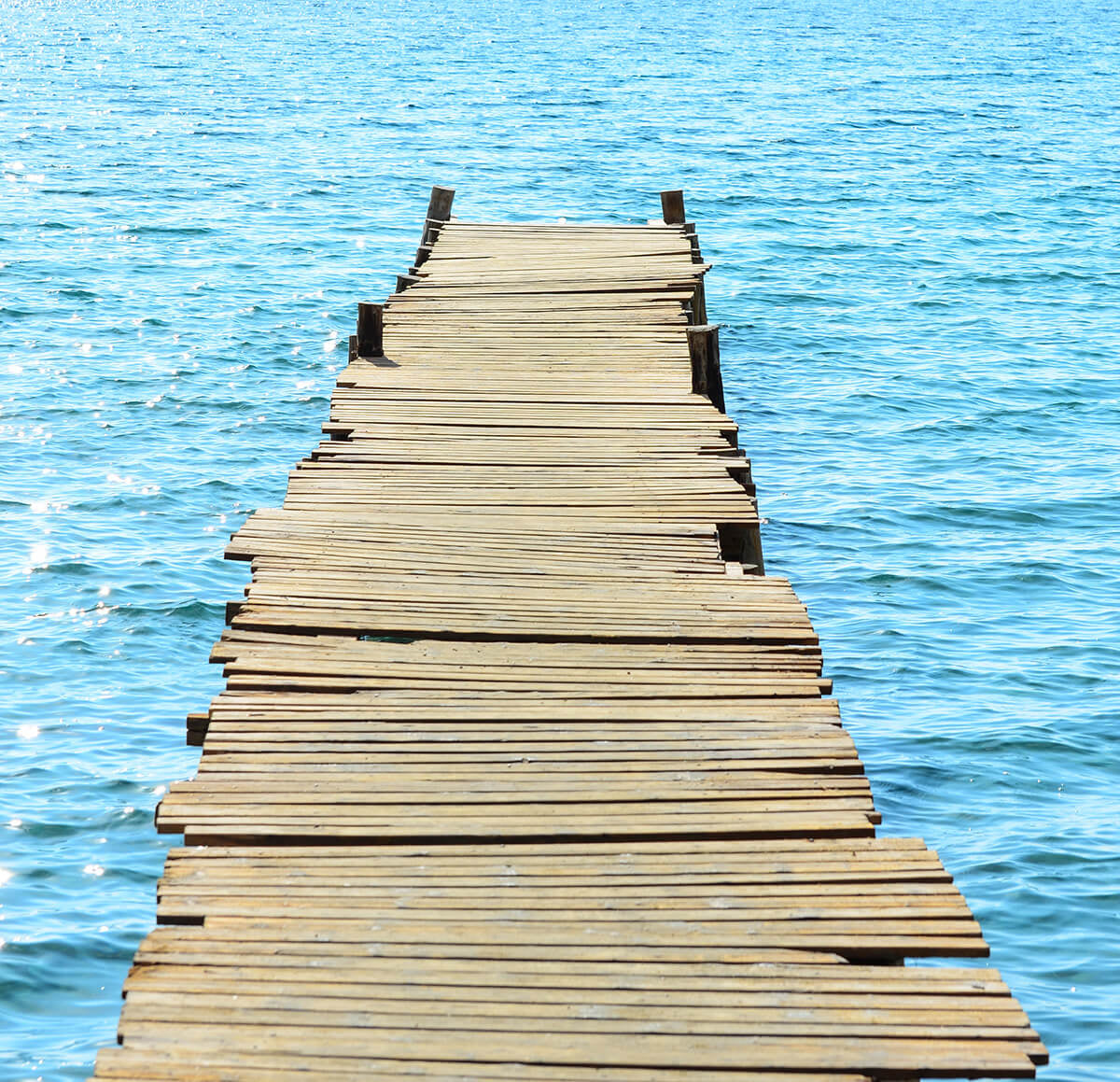 Five Reasons It's Time to Replace Your Old Boat Dock