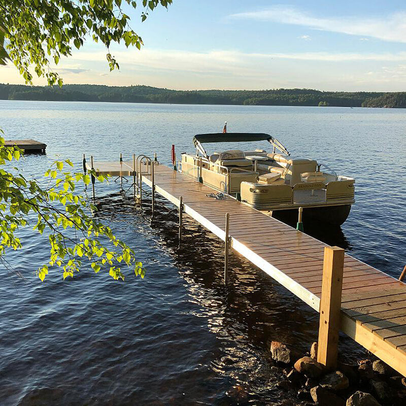 How to Clean an Aluminum Boat Dock : Tommy Docks