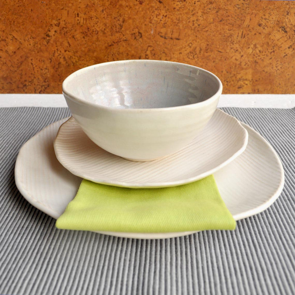 Minimalist with Gray dinnerware set, 3 pc