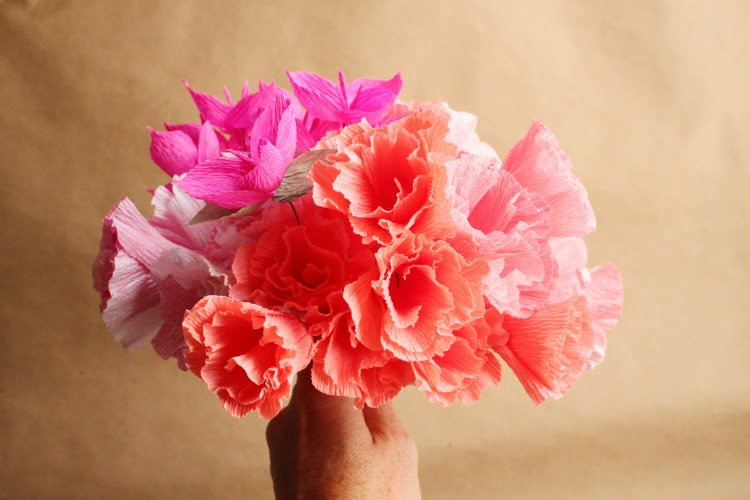 Crepe paper godetia and bougainvillea carte fini because they are simple enough and they showcase six gorgeous crepe paper colors that were just made for them its hard to tell the real thing apart mightylinksfo