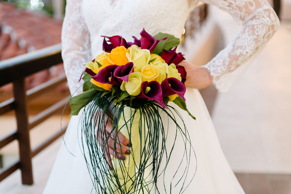 Couture paper flower wedding bouquets and accessories carte fini please browse our gallery below where you may click on the images for more detailed information on specific pieces mightylinksfo