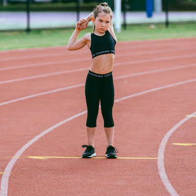 GIRLS SPORT CROP TOP in black | pre-teens sportswear | kids activewear