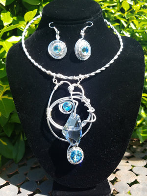 Aqua blue necklace set