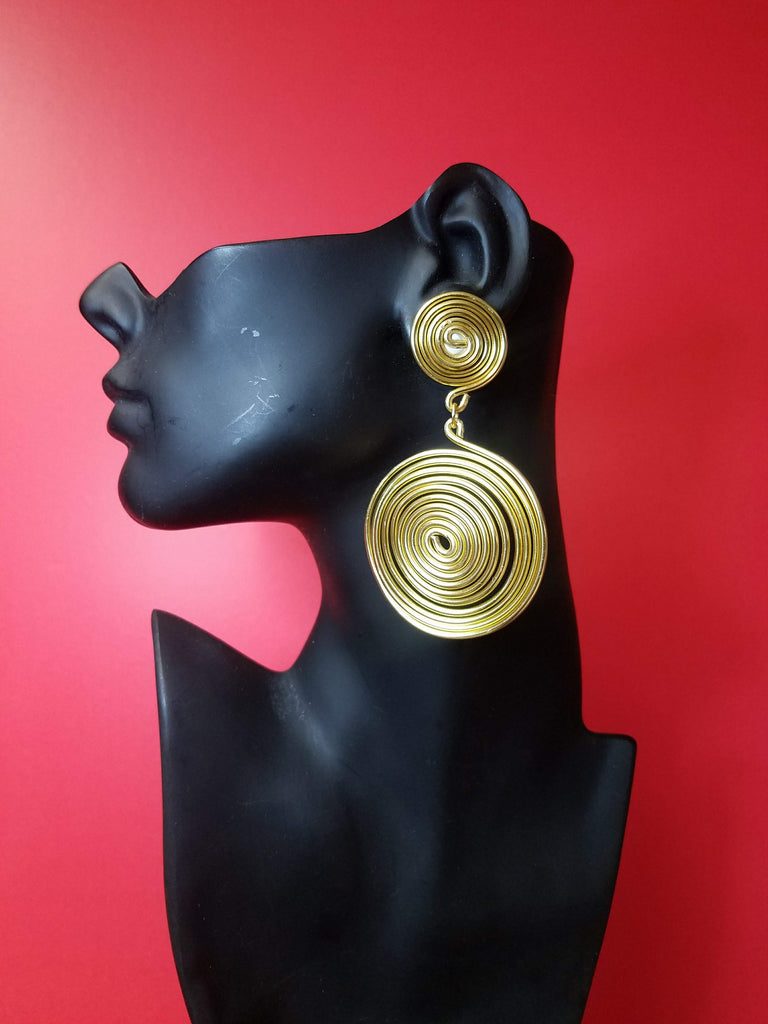Coil wire earrings gold plated large clip on