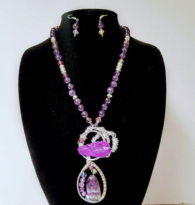 Amethyst quartz set