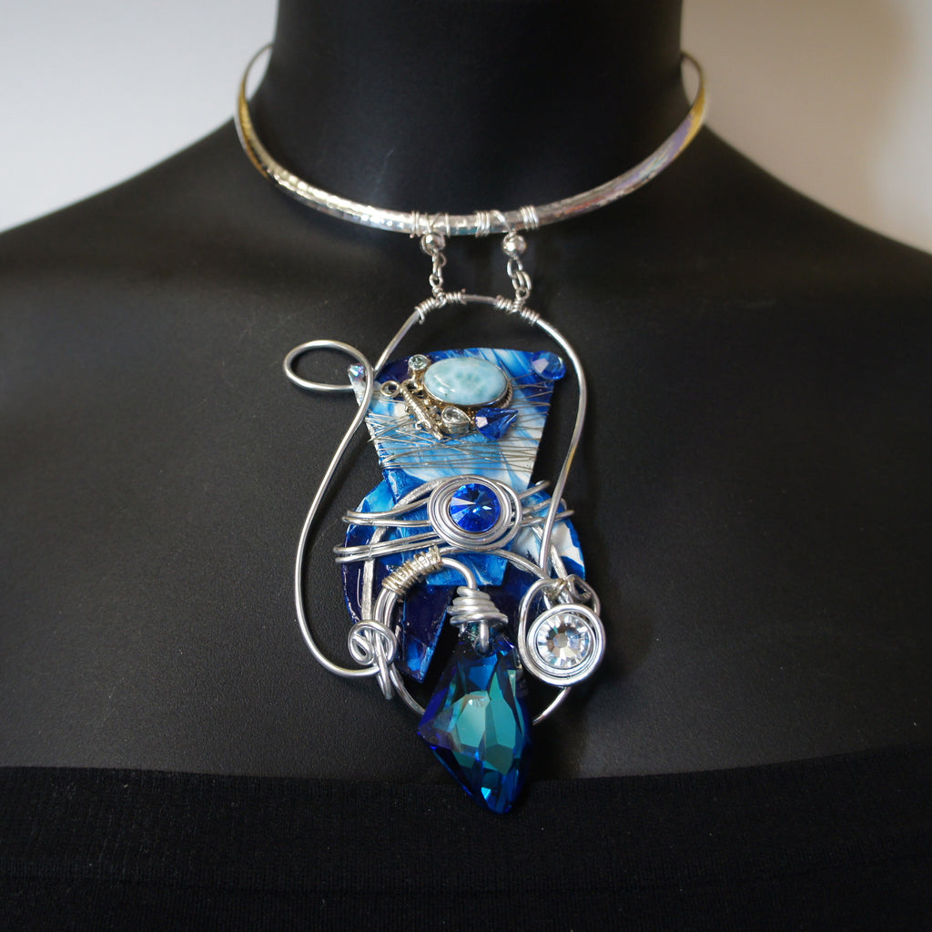 Cobalt blue Swarovski necklace            Tama Coleman Collection