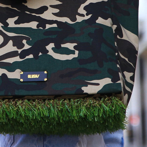 Grass bottom details of the Camo Grassy Tote Bag by GLUSH/