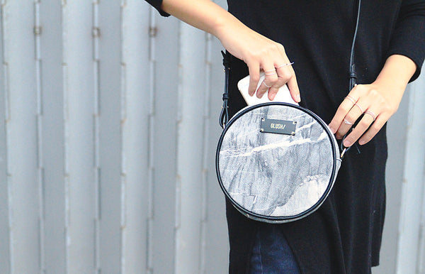 HARD RAYS Grey Stone Round Crossbody - GLUSH/ - 9