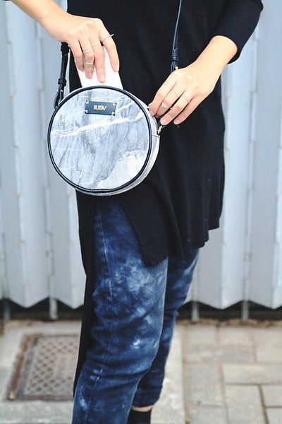 HARD RAYS Grey Stone Round Crossbody - GLUSH/ - 10