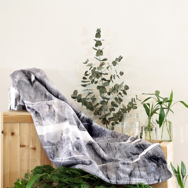 HARD RAYS GREY THROW BLANKET - GLUSH/ - 3
