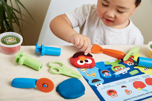 Elmo & Friends <br> Dough Activity Set