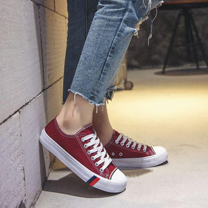 Lace-Up Comfortable Skate Shoes