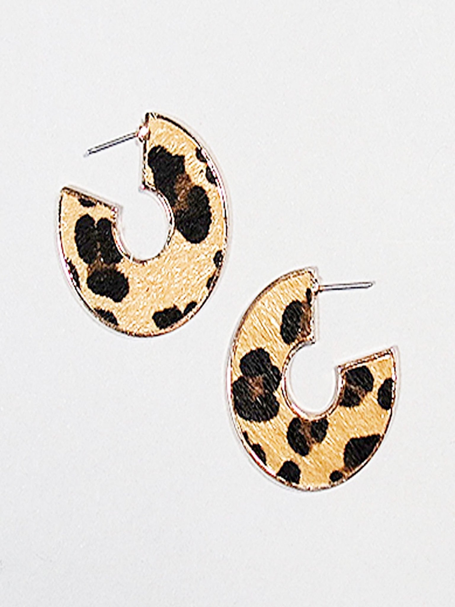 Leopard Hoop Earrings w/Gold Trim - Vintage Cotton Boutique