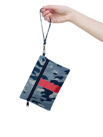 Canvas Wristlet Camo/Red