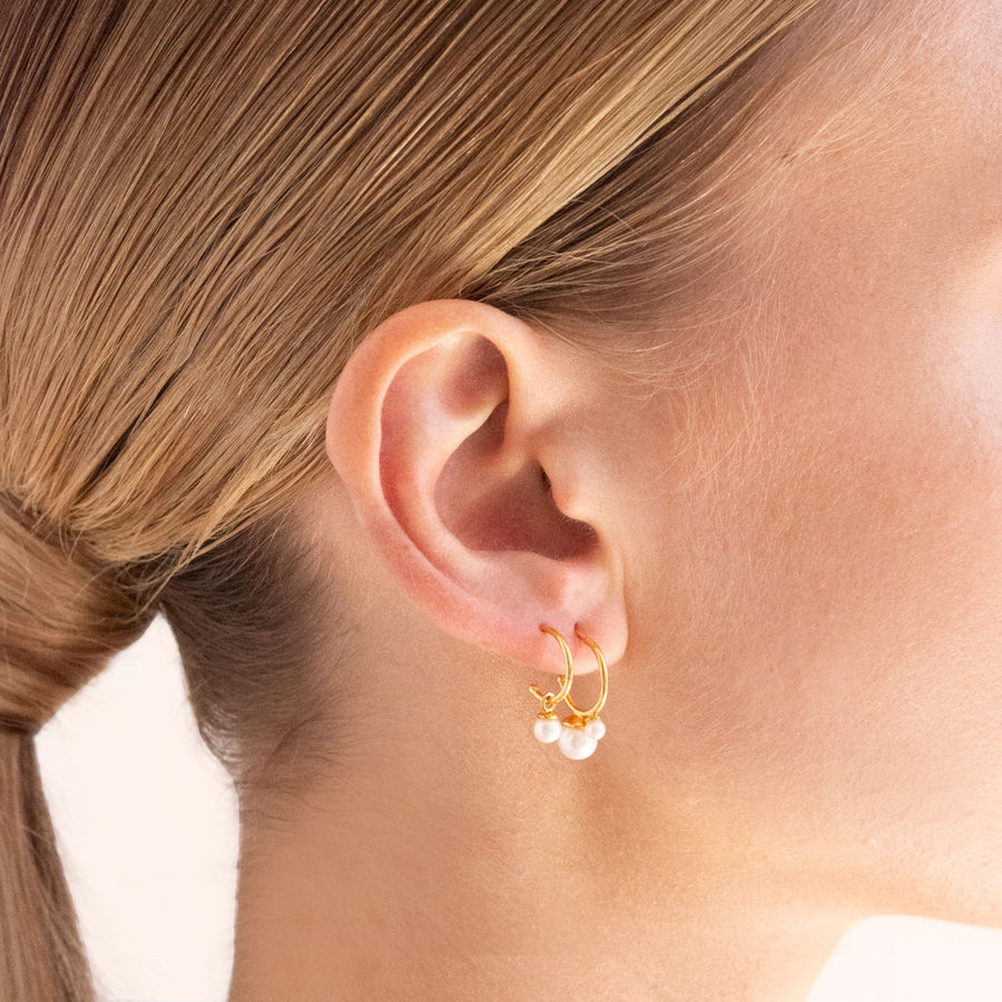 Cleo Pearl Hoop Earrings