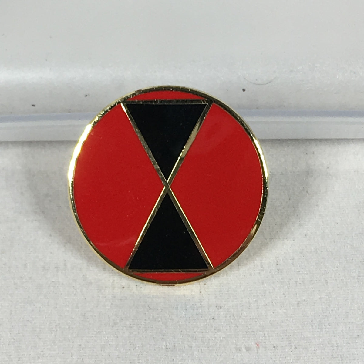 7th Infantry Division Pin