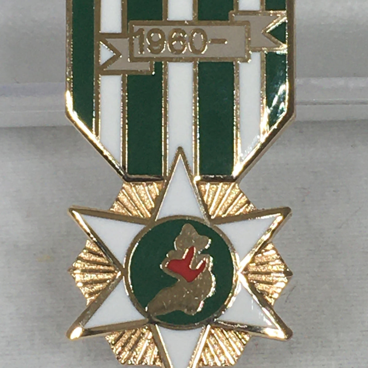 Republic of Vietnam Medal Hat Pin