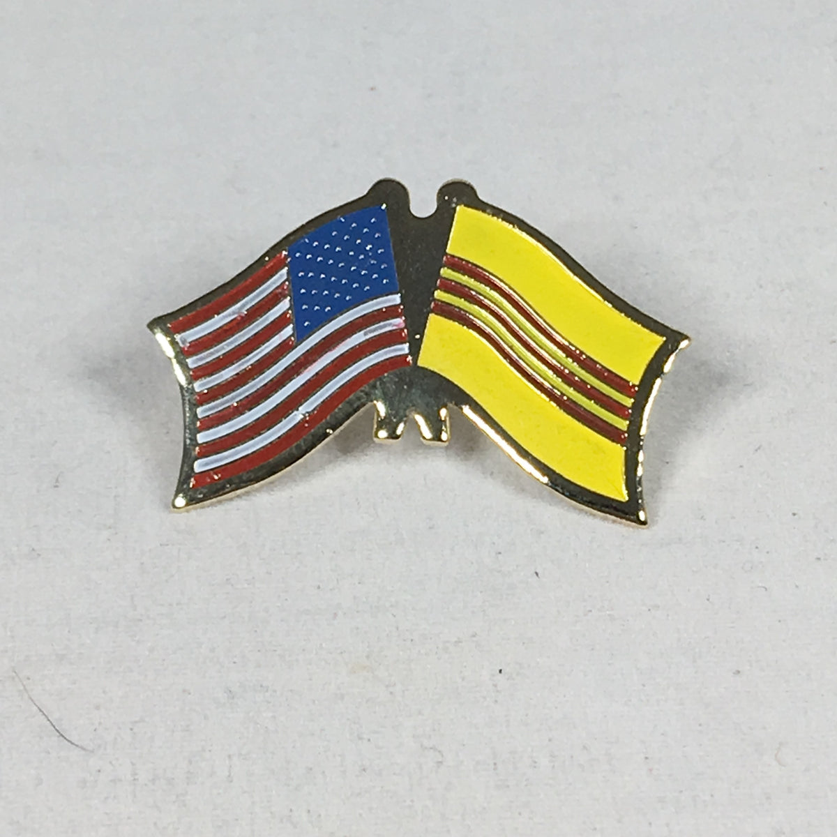 U.S. & South Vietnam Flag Pin