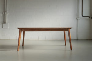 'XY' DINING TABLE