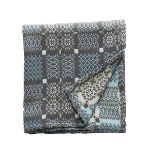Knot Garden Throw - Bluestone