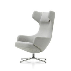 Grand Repos Chair & Ottoman in Dummet Pebble