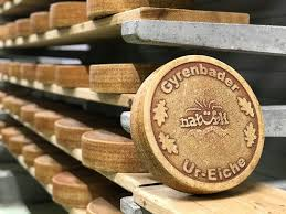 "Ur-Eiche ""Old Oak"" - Village Dairy Girenbad"