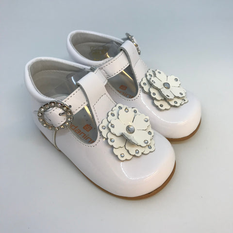 Andanines Girls White Patent T-bar Shoe with Flower - Last EU 18 -  Spoiled Rotten Childrenswear