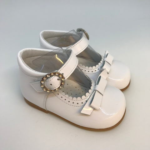Andanines Girls White Patent Shoes with Bow - Last Eu 18 -  Spoiled Rotten Childrenswear