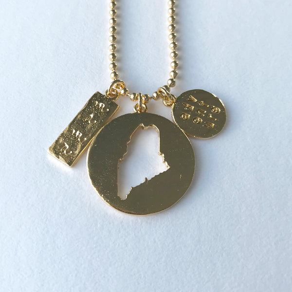 MAINE MAMA & ADVENTURE CUTOUT PENDANT gold ball