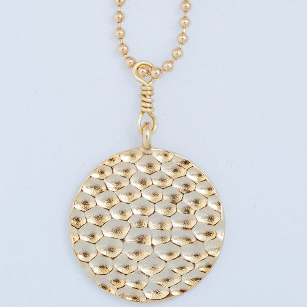 HAMMERED BALL CHAIN PENDANT gold